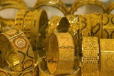 """Giá vàng hôm nay 31/8: Tăng vọt ngay đầu tuần nhưng một số chuyên gia cảnh báo người mua cẩn thận """"sập bẫy"""""""