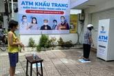 """Mục sở thị """"ATM khẩu trang"""" miễn phí đầu tiên ở TP.HCM"""