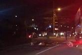 Kinh hãi xe bồn tông người dừng đèn đỏ ở Nhà Bè