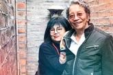 """Cuộc đời """"kỳ lạ"""" của nhạc sĩ Phó Đức Phương: 2 bài hát nổi nhất viết khi thất tình, lấy vợ kém 20 tuổi, ở nhà 49m2"""