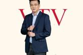 Người đàn ông thời sự' Quang Minh từng đi bộ 3 cây số để được xem tivi