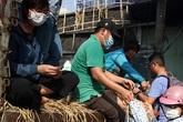 Giải cứu dưa hấu kiểu 'người Sài Gòn'