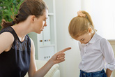 Những câu không nên nói với trẻ khi tức giận