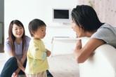 Cha mẹ đừng vội trách mắng khi con không chịu chào hỏi người lớn: Theo các chuyên gia, đó là điều bình thường