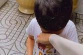 Con trai nhà Hà Tăng mới sáng ra đã khóc nhè nhưng nghe lý do lại thấy thương hơn
