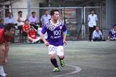 """Bằng Kiều """"tung hoành"""" trên sân cỏ ở Quảng Ninh"""