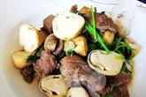 Ngon cơm với bò xào nấm rơm