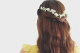 Tóc tết hoa nhí đẹp dịu dàng cho mùa thu