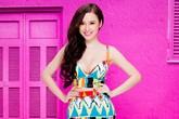 Angela Phương Trinh dịu dàng cùng váy hoa sau scandal