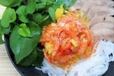 Bún cuộn thịt heo, tôm chua nhanh gọn