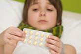 Uống nhầm thuốc động kinh, bé 4 tuổi suýt chết
