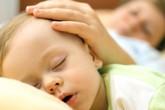 Trẻ bị ra nhiều mồ hôi, dấu hiệu của bệnh gì?