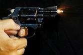 Nổ súng kinh hoàng trong đêm, 2 người thương vong