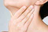 8 cách đơn giản chữa đau họng