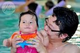 Dạy con học bơi một cách an toàn