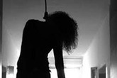 Thua bạc ở casino, một phụ nữ treo cổ tự tử