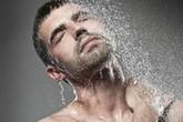 """Có nên tắm nước lạnh sau khi """"yêu""""?"""