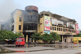 """Bảo hiểm cháy nổ ở chợ, Trung tâm thương mại: Bảo hiểm """"né"""" vì sợ vạ lây?"""