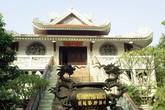 Lên đỉnh núi thiêng đất Phật
