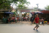 Yên Mỹ, Hưng Yên: Phụ huynh phản đối chuyển hiệu trưởng