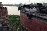 Thi thể đôi nam nữ buộc nhau dưới sông Lạch Tray
