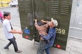 Cận cảnh người nhà kẻ chặt rớt tay cô gái cướp SH đánh luật sư
