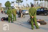 Hà Nội: 2 xe máy đâm nhau, 3 người nguy kịch