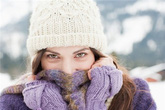 Giữ ấm đúng cách khi sử dụng khăn quàng cổ