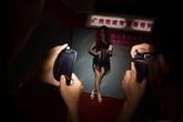 Triển lãm tình dục hút mắt đàn ông Trung Quốc