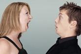 Đàn ông đần mới bị vợ tẩn