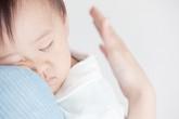 Mẹo hay cho mẹ có con khó ngủ