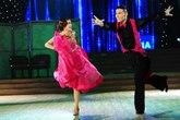 Yến Trang nhận điểm 10 duy nhất đêm thi nhảy
