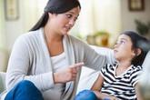 """Con phát hoảng vì... """"bệnh dọa"""" của bố mẹ"""