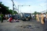 Tai nạn giao thông kinh hoàng, 10 người thương vong