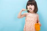 Kinh nghiệm hay của một bà mẹ tập cho bé đánh răng