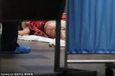 Nữ y tá chết thảm vì bị kẹt đầu trong thang máy