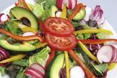 Những điều nên tránh khi trộn salad