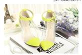 Hút hồn với giày vàng neon