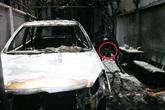 Mẹ con bé trai 'lao qua đám cháy' đã tử vong