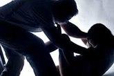 Bố lãnh án 10 năm tù vì cưỡng hiếp con gái