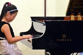 Bé gái 9 tuổi đoạt giải nhất cuộc thi piano quốc tế Mozart
