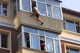 Vợ cứu chồng thoát khỏi cú nhảy lầu
