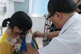 5 trẻ mù mắt vì nhầm tưởng đau mắt đỏ