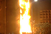 Cháy Nhà hát Múa rối gần Hồ Gươm