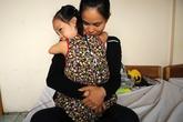 Bé gái Việt giống Nick Vujicic được lắp chân tay