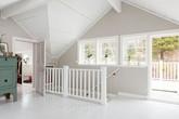 Ngắm ngôi nhà lãng mạn với tông màu trắng - xanh