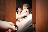 Đâm chết nhân tình của vợ ngay trên giường ngủ