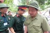 Đoàn công tác Tổng cục DS-KHHGĐ thăm, làm việc tại đảo Song Tử Tây- Trường Sa: Thắm tình quân dân