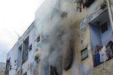 Khu chung cư bốc cháy dữ dội giữa trưa ở Đà Nẵng