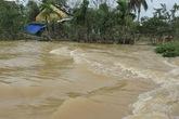 Đà Nẵng: Nhiều nhà dân vẫn bị nước lũ vây quanh